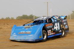 Josh McGuire and the JMR race team #41