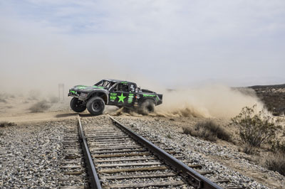 K&N sponsored Justin Davis inked his first trophy truck win at the 2013 HDRA King Shock 250.
