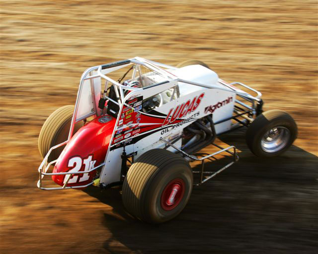 the-beach-sprintcar-and-midget-having