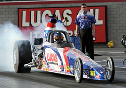 Shawn Langdon makes the NHRA history books with back to back Super Comp World Championships