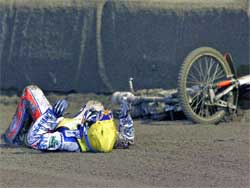 Jason Crump struggles in 2007 season, photo by Mike Patrick
