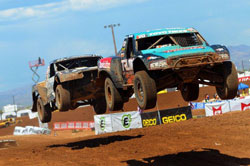 Kyle LeDuc endured triple-digit heat on his way to winning both round 11 and 12 in the 2011 Lucas Oil Off Road Racing Series at Speedworld.
