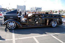 Custom 1944 Mac Hot Rod Fire Truck to the 2011 SEMA Show