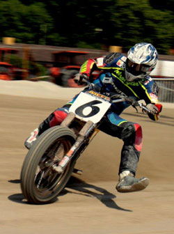 Along with winning the 2010 Italian Championship, Belli also won  Mefo Flat-Track Cup.