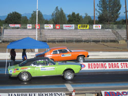 Teammates Melissa Wright (far) and Brett Olson (near) faced off in the final round at Redding.  Wright was victorious.