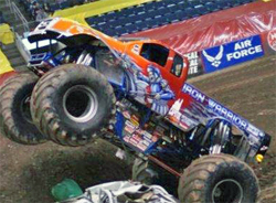 Iron Warrior blasts out of the pits and sets a faced paced run at Monster Jam