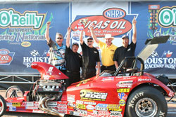Rampy and crew celebrate big with National Event win number 72!