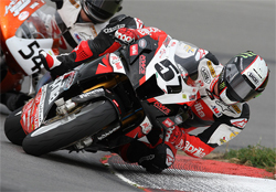 Factory Aprilia RSV1000R Rider Chaz Davies Scored Top Five Finish in AMA Competition at Mid-Ohio Sports Car Course