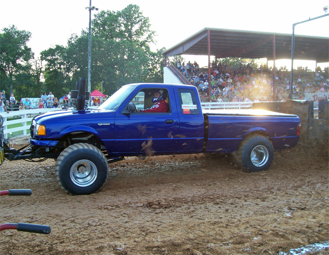 Pro Stock Pulling Trucks : Pro pulling league top truck is a modified ford