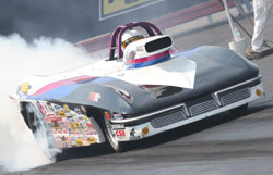 Ray Connolly Rules Over Super Gas Class at NHRA Div 2 Event for His