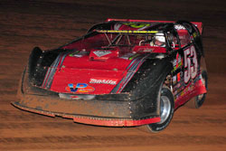During Southern All-stars Dirt Racing Series (SAS) qualifying, Ray laid down the second quickest lap.