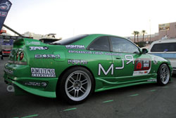 A creative touch found on this 1995 Skyline R33 is the inverted decals on the passanger side