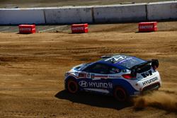 Rhys Millen plans on resuming a fulltime race schedule in 2014