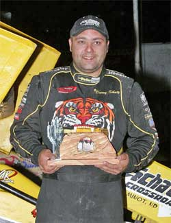 Donny Schatz wins Cactus Classic in Arizona