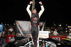 Sergio Peña wins NASCAR K&N Pro Series East at Langley Speedway