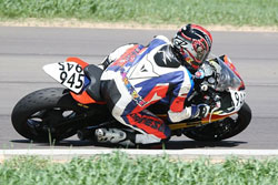 Taking it to the edge on his Yamaha R6