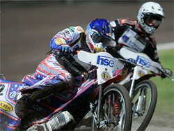 Australian Jason Crump reached the semi-finals with 11 points, but lost out to Poland's Rune Holta and Denmark's Nicki Pedersen in a three-way battle