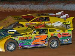 Steele's GM GRT turns the track at Carolina Speedway