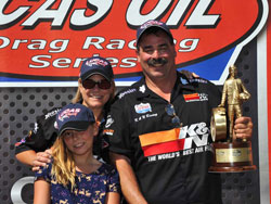 Steve Williams and Family in Victory Lane at the O'Reilly Auto Parts NHRA Northwest Nationals