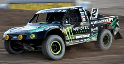 Jeremy McGrath is getting familiar with the LOORRS tracks and his new truck, and he proved it by winning flag-to-flag in round 13 at Las Vegas Motor Speedway.