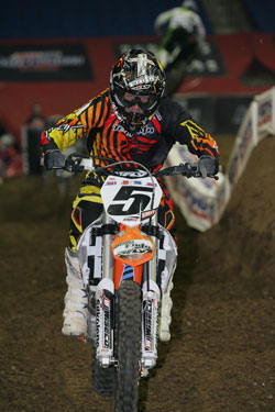 Team Faith Rider, Kelly Smith, recently jumped into the fourth spot in the points race in the AMA Amsoil Arenacross series