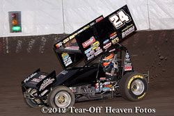 After experiencing electrical problems early in the season, Terry McCarl and team T-MAC Motorsports Inc. have the problem resolved and recently experienced success at the Thunderbowl Raceway.
