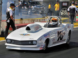 When Sullivan began his time runs or qualifying sessions for the Topeka national event, his 598 BBC as well as his converter were all brand new.