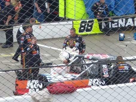 Travis Kvapil and K&N Filters Team at Mansfield Motorsports Park
