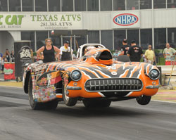 Tommie Phillips' Tigerflow/K&N Engineering TNT-Suns Super Comp dragster