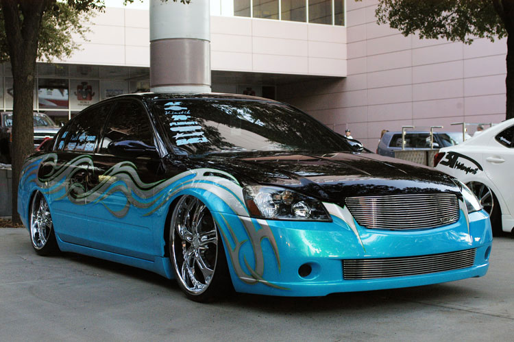 Custom Painted  Nissan Quest