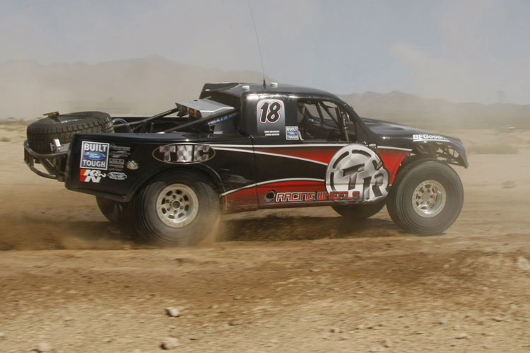 trailready motorsports teams with tracy rubio in the. Black Bedroom Furniture Sets. Home Design Ideas