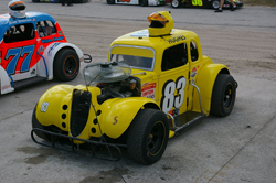 Tyler Hughes recently experienced mechanical issues at the Auburndale Speedway in Florida.
