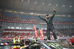 The WDS fans at Luoyang New District Stadium in China showed their sincere appreciation for Vaughn Gittin Jr - Photo by Larry Chen