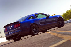 2010 Mustang RTR is equipped with an RTR rear diffuser, front splitter, aluminum rear spoiler, RTR side and rear emblems, as well as a distinctive RTR vinyl scheme