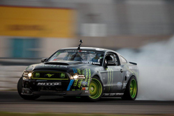 The iconic K&N sponsored Ford Mustang RTR shares the worldwide drifting limelight with Gittin - Photo by Larry Chen
