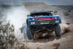 Bryce Menzies racing to a Mint 400 victory