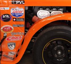 K&N verbessert die Leistung der Yamaha Motoren, die in allen Legends Cars verwendet werden.