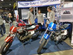 Klassische Triumph Motorräder auf der Long Beach internationalen Motorradmesse