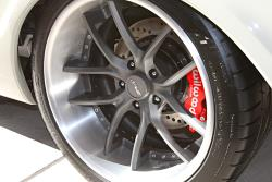 The gray of the wheel center is carried through the interior as an accent color