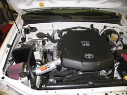 K&N 77-9028KP Air Intake Installed in a Toyota Tundra