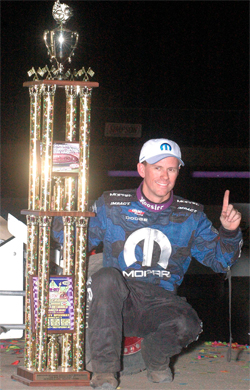 DuPont Gold Crown Midget Nationals dominated by Jerry Coons Jr. at Tri-City Speedway