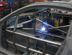 K&N employees worked in the K&N race shop for many hours to get the K&N Infiniti G35 ready for SEMA 2009