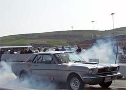1966 Ford Mustang makes more than 500 hp on the track