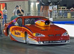 2005 Pro Stock Grand Am with 711 cubic inch Chevy Hemi engine gives Gary Ross 1600 to 1700 horsepower for an additional 100 to 200 horsepower difference over his previous power plant