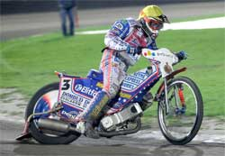 Double World Speedway Champion Jason Crump is in contention for World Championship Grand Prix Title, photo by Mike Patrick Photography