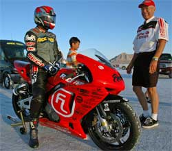 Honda CBR 600 ready to go in the 650 class at Bonneville Salt Flats