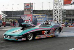 K&N VP of Research and Development Steve Williams finished in the quarter finals in Super Gas at Las Vegas